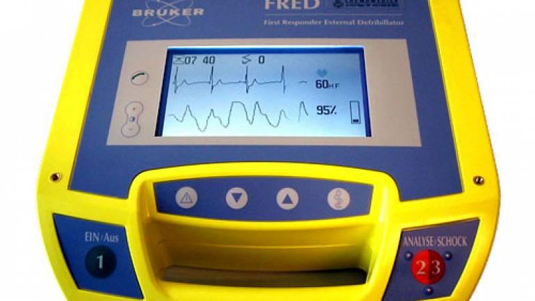 Defibrillator, Monitoring