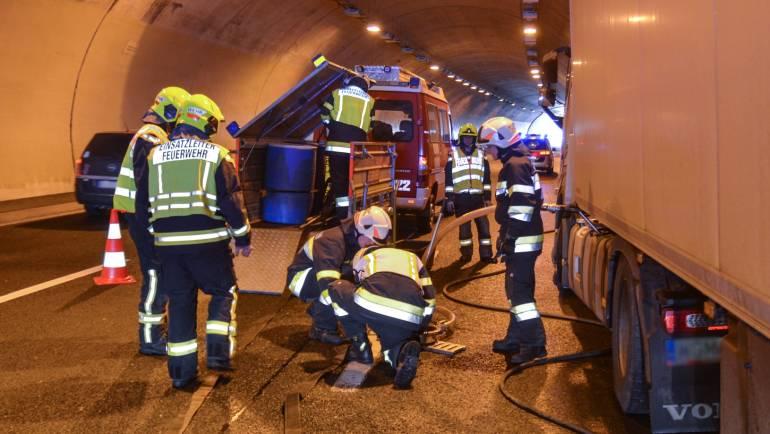 A2: Verkehrsunfall Assingbergtunnel