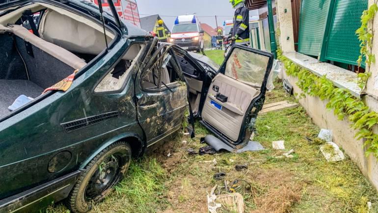 Schwerer Verkehrsunfall in Kniezenberg!