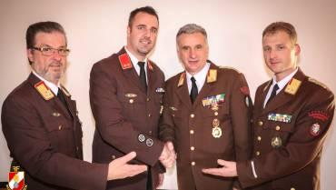 Feuerwehrkommandanten für 5 weitere Jahre wiedergewählt!