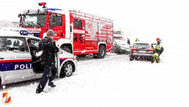 Erneut Einsätze durch Wintereinbruch!