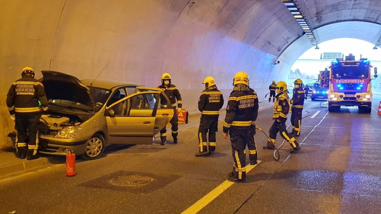 Verkehrsunfall im Assingbergtunnel